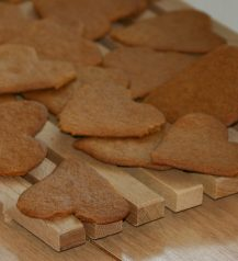 Gingerbread_hearts